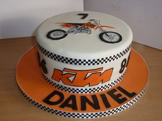 KTM dirt bike motocross birthday cake This is kinda the style I was thinking except Kawasaki green & a sports bike.  Race / motorcycle birthday party