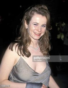 emily watson - Yahoo Image Search Results Emily Watson, Old Hollywood Glamour, Big Men, Camisole Top, Mom, Tank Tops, Pretty, Image Search, Beautiful