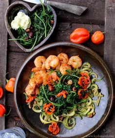 Zucchinipasta with tiger prawns, lime butter and roasted hazelnuts. Recipe on my blog: www.bydianawi.com