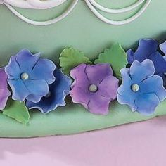 How to make Gum Paste Flowers and Leaves.