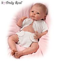 Fully sculpted So Truly Real® newborn by Linda Murray is hand-cast in RealTouch® vinyl from head to toe, with lifelike hand-painted features.