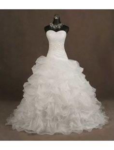 Like a princess #weddingdress #white #chic #vm