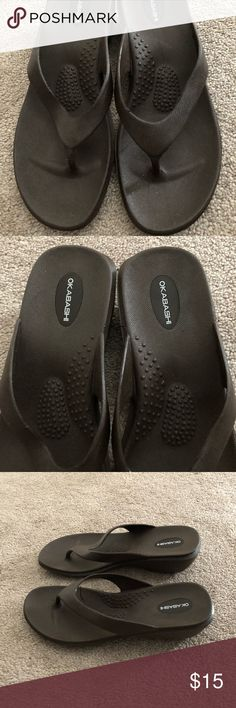 0d23520aad00d0 NEW Okabashi Brown Flip Flops Size M L These are brand new. Heel measures