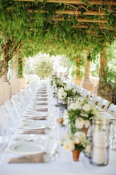 #tablescapes  Photography: Marianne + Joe Of Marianne Wilson Photography - www.mariannewilsonphotography.com  Read More: http://www.stylemepretty.com/2014/12/29/colorful-summer-wedding-at-ojai-valley-inn/