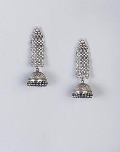 Silver Anusuya ES 2118 Dangle Earrings-Silver/Black: Buy Fabindia Silver Anusuya ES 2118 Dangle Earrings-Silver/Black Online. Worldwide free shipping* – Fabindia.com