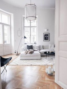 81 Popular Living Room Colors to Inspire Your Apartment Decoration 21 Living Room Color Schemes that Express Yourself Living Room Colors, Living Room Designs, Living Room Interior, Living Room Decor, Living Rooms, Appartement Design, Elegant Living Room, Modern Living, Minimalist Living