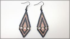 TheHeartBeading: Brick Stich Earrings Tutorial (no sound)