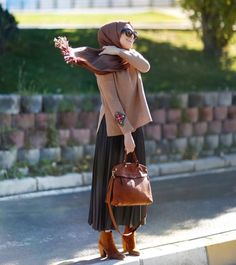 ZAFUL offers a wide selection of trendy fashion style women's clothing. Islamic Fashion, Muslim Fashion, Modest Fashion, Hijab Fashion, Fashion Outfits, Casual Hijab Outfit, Hijab Chic, Hijab Dress, Modest Dresses