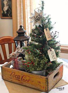 Tiny Christmas Trees, Noel Christmas, Christmas Projects, Christmas 2019, Vintage Christmas, Christmas Ideas, Christmas Wreaths, Christmas Vacation, Cowboy Christmas
