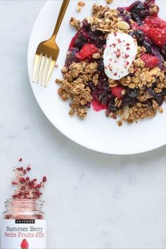 Powered Up Breakfast Crumble Brunch Menu, Brunch Recipes, Breakfast Recipes, Breakfast Ideas, Protein Blend, Vegan Protein, Epicure Recipes, Easy To Cook Meals, Clean Eating Breakfast