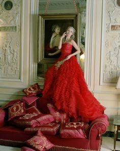 Kate Moss, Vogue. Modern Marie Antoinette