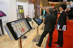 Trade Show Ideas: Keep Shows Relevant Through The In-Person Experience