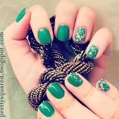 pretty_squared inspired by Emerald. How does the Color of the Year inspire you? Take a pic & tag it #SephoraPantone—it could be featured on our Instagram or Pinterest! #Nailspotting #StPatricksDay #StPattys
