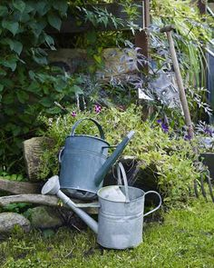 we probably need a watering can? Ab Ins Beet, Shed With Porch, English Country Gardens, Potting Sheds, Down On The Farm, Belleza Natural, Garden Accessories, Water Garden, Yard Art