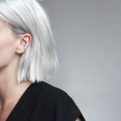 Argent / Hair / Grey / Inspiration / Mood / Cheveux / Coupe de Cheveux / Fashion / Silver / Bijoux / Oreille