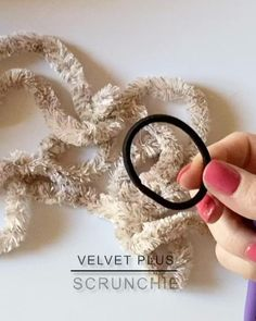 Learn To Crochet, Crochet Crafts, Crochet Yarn, Yarn Crafts, Sewing Crafts, Crotchet, Crochet Hair Accessories, Crochet Hair Styles, Crochet Accessories Free Pattern