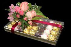 CORAZON DE CHOCOLATE Nada más sexy que Flores y chocolates y para San Valentín es un regalo Doble !!! Pidelo al 01800-FLOWER-E www.ederfloresluxuryflowers.com