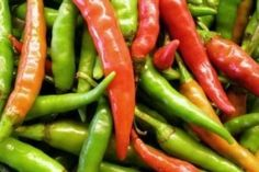 Anxiety Diet ~ The often overlooked nutritional treatment for improved mental health Natural Remedies For Stress, Pepper Plants, Green Beans, Anxiety, Nutrition, Stuffed Peppers, Diet, Vegetables, Food