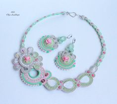 "collection of ""Tenderness"" necklace and earrings ""Peppermint Rose"" soutache, acrylic cameo, quartz, glass. Beads, beads, iznanka- tension. leather"