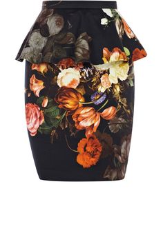 As seen in Now Magazine, this peplum skirt has an all over floral print to the fabric and sits at mid thigh. Pretty Outfits, Beautiful Outfits, Peplum, Image Fashion, Professional Wardrobe, Floral Print Skirt, Tulip Skirt, Winter Skirt, Winter Outfits Women