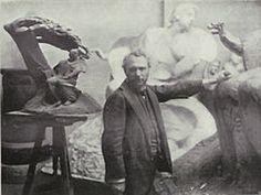 Wacław Szymanowski w pracowni.jpeg