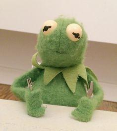 Memes Apaixonados Kermit 28 Ideas For 2019 Love Memes, Best Memes, Cartoon Memes, Funny Memes, Cartoons, Sapo Kermit, Sapo Meme, Memes Lindos, Frog Wallpaper