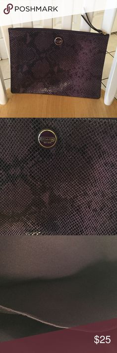 Coach Tablet carryall Purple and black good condition two pockets on inside Coach Bags