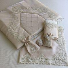 Nervürlü Seccade Takımı | Cappuccino Shabby Chic Boxes, Bride Shower, Prayer Rug, Sewing Tutorials, Cross Stitch, Gift Wrapping, Throw Pillows, Wallpaper, Pretty