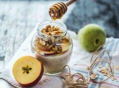Snídaně patří k základním kamenům zdravého stravování. Healthy Recipes, Healthy Food, Pudding, Desserts, Healthy Foods, Tailgate Desserts, Deserts, Custard Pudding, Healthy Eating Recipes