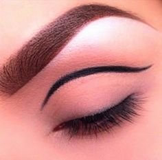 Awesome Makeups Gallery Amazing Hair Styles Unique Makeup Makeup Lessons Beauty And Makeup: Gold Eyeshadows And Glitters Awesome Makeups Galle...