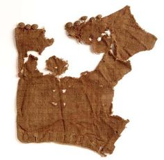 Sleeves with buttons on deposit in Museum of London (1300)