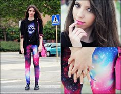 Galaxy Leggings are so lovely.