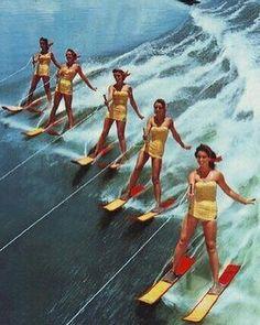 water skiing Cypress garden's style in Florida. Moda Vintage, Nautique Vintage, Ski Nautique, Cypress Gardens, Slim Aarons, John Singer Sargent, Scott Campbell, Vintage Swimsuits, Bikini Vintage