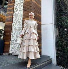Modest Fashion Hijab, Modesty Fashion, Mode Abaya, Mode Hijab, Girls Fashion Clothes, Fashion Outfits, Eid Outfits, Hijab Trends, Muslim Women Fashion
