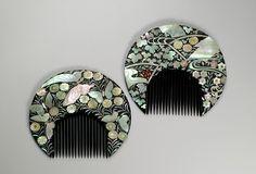 Japon - incrustations fleurs et papillons de nacre sur les deux faces