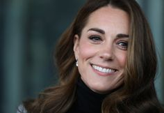 Kate Middleton and her family celebrated Carole Middleton's birthday on Thursday. The Duchess of Cambridge is close to her parents, and previously spoke about how important birthdays are to the Middleton family Carole Middleton, Middleton Family, Stuart Weitzman, Duchesse Kate, Herzogin Von Cambridge, Melania Trump, Look Star, Royal Life, Royal Engagement