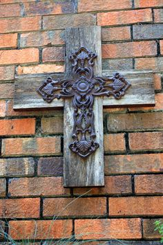 Rustic Barnwood Cross with Cast Iron 18 x by natureinspiredcrafts