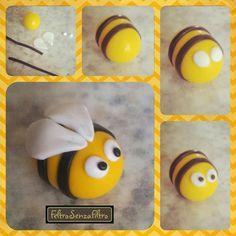 Tutorial: Bee  (Polymer Clay - Fimo - Cernit) https://www.facebook.com/MondoDiSisina https://www.etsy.com/it/shop/MondoSisina