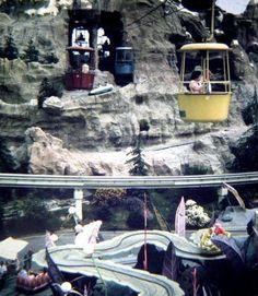 spacemountaineer:  DisneylandThe Skyway at Disneyland heads...