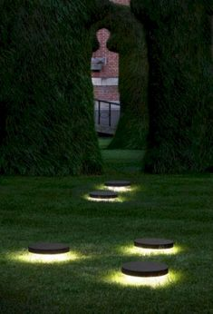 Here are outdoor lighting ideas for your yard to help you create the perfect nighttime entertaining space. outdoor lighting ideas, backyard lighting ideas, frontyard lighting ideas, diy lighting ideas, best for your garden and home Garden Lighting Diy, Backyard Lighting, Garden Lamps, Outdoor Lighting, Lighting Ideas, Pathway Lighting, Park Lighting, String Lighting, Club Lighting