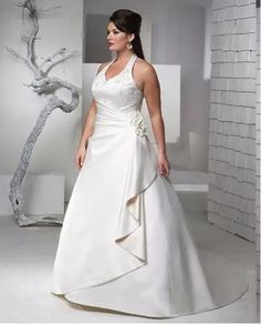 Corte reto frente única Plus Size Wedding Gowns, Wedding Dress Train, Wedding Dresses Plus Size, White Wedding Dresses, Wedding Dress Styles, Plus Size Dresses, Bridal Dresses, Bridesmaid Dresses, Party Dresses
