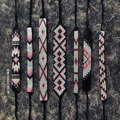 Items similar to Seed Bead Friendship Bracelet - Black, Pink, Mint on Etsy Loom Bracelet Patterns, Seed Bead Patterns, Bead Loom Bracelets, Beading Patterns, Art Patterns, Beading Ideas, Bracelet Designs, Color Patterns, Crochet Patterns
