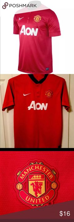 db53735a3 Nike AON DriFit Manchester United Soccer Shirt XL Short sleeve jersey in  traditional iconic Diablo Red