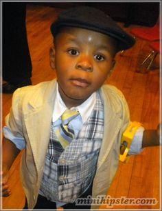 Aidan Kyle... MiniHipster.com: kids street fashion (minihipster.com) #kidsstreetstyle