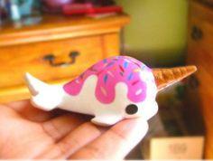 Kawaii cute ice cream Narwhal by CutieCrazeCafe on Etsy Cute Polymer Clay, Cute Clay, Polymer Clay Projects, Polymer Clay Charms, Polymer Clay Creations, Clay Crafts, Arts And Crafts, Fimo Kawaii, Kawaii Cute