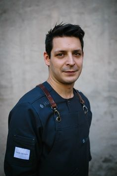 Workwear becomes fashion. In following this principle, our designer @gabriel.franz.trauth has created the new brandbook. Get insights into our history, the trauth22 apron and our customers. LINK IN BIO // Nice Shot of chef @joachimjaud by @marczimmer #apron #leatherspraps #frontcooking #manufacturer   #workdress #restaurantdesign #gastrodesign #brigade #Schürze #modernapron #craftmen #artists  #servicewear #modernkitchen #chefjacket #hotellerie #foodandwine #chefsroll #trauthfabrikate… Modern Aprons, Restaurant Design, Workwear, Wine Recipes, Gabriel, Catering, Chef Jackets, Dresses For Work, Artists