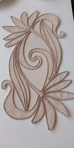Hand Embroidery Stitches, Crewel Embroidery, Cross Stitch Embroidery, Embroidery Designs, Hobbies And Crafts, Diy And Crafts, Creative Embroidery, Point Lace, Bargello