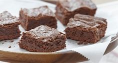 Gluten-Free Fudgy Brownies: Brownies are a welcome treat at almost any occasion… Gluten Free Treats, Gluten Free Baking, Gluten Free Desserts, Dairy Free Recipes, Baking Recipes, Fancy Desserts, Gf Recipes, Baking Ideas, Healthy Desserts