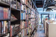 Panta Rhei & Café Dias / bookstore