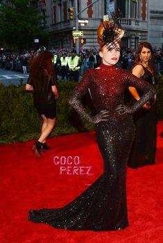 Met Gala 2013: Paloma Faith walks the red carpet Micheal Cinco